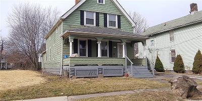 Cleveland Multi Family Home For Sale: 3672 East 48th St