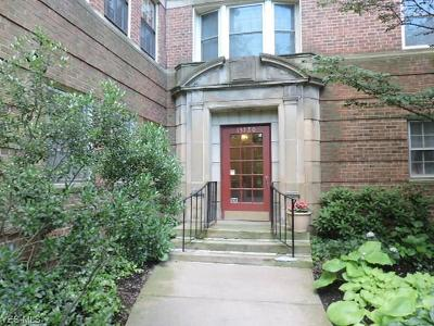 Cleveland Condo/Townhouse For Sale: 13720 Shaker Blvd #502 & 5B