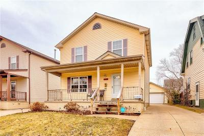 Garfield Heights Single Family Home For Sale: 11112 Langton Ave