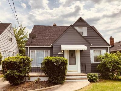 Garfield Heights Single Family Home For Sale: 13416 Granger Rd