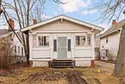 Cleveland Single Family Home Active Under Contract: 19515 Tiverton Road
