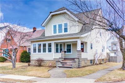 Garfield Heights Single Family Home For Sale: 4953 East 108th St