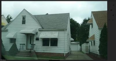 Garfield Heights Single Family Home For Sale: 5805 Turney