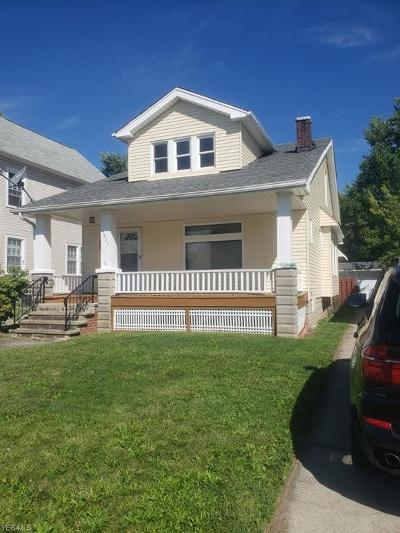 Garfield Heights Single Family Home For Sale: 9907 Sladden Ave
