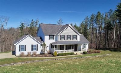Guernsey County Single Family Home For Sale: 61680 Whispering Pines Dr