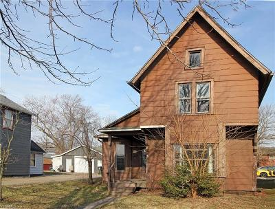 Single Family Home Sold: 219 E 2nd Street
