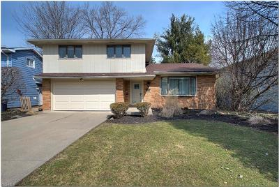 Beachwood OH Single Family Home For Sale: $379,000