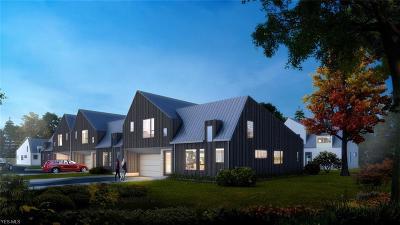 Beachwood Single Family Home For Sale: 2424 Richmond Rd #2
