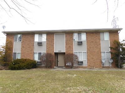 Youngstown Multi Family Home For Sale: 3969 South Schenley Ave