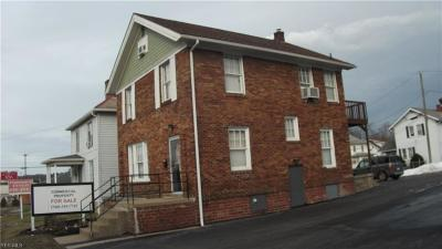 Muskingum County, Perry County, Guernsey County, Morgan County Single Family Home For Sale: 2012 Maple Ave