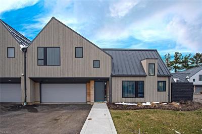 Beachwood Single Family Home For Sale: 2430 Richmond Road #5