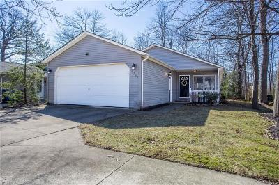 Columbia Station Single Family Home Contingent: 10264 Greenview Dr