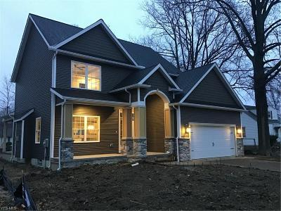 Willoughby Single Family Home Contingent: 38257 Hurricane Dr