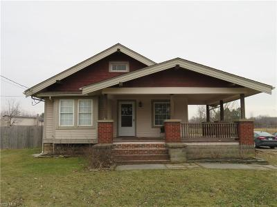 Lorain County Single Family Home For Sale: 43625 Oberlin Elyria Rd