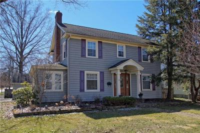 Ravenna Single Family Home For Sale: 528 East Riddle Ave