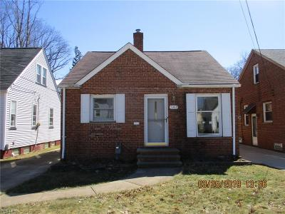 Single Family Home For Sale: 5303 Maplecrest Ave