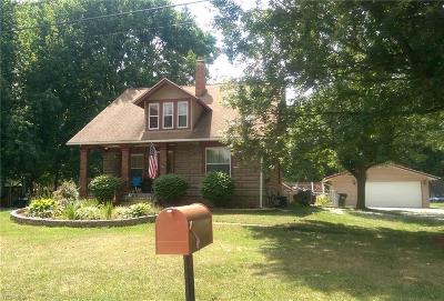 North Ridgeville Single Family Home For Sale: 36231 Westwood Dr