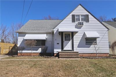 Lyndhurst Single Family Home For Sale: 1631 Brainard Rd