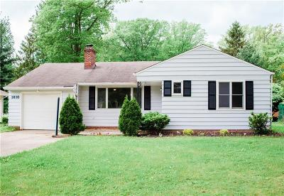 North Olmsted Single Family Home For Sale: 3830 Walter Rd