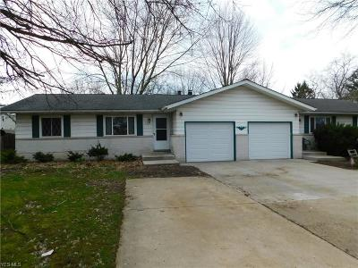 Medina County Multi Family Home For Sale: 3232 Laurel Rd
