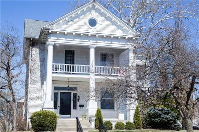 Zanesville Single Family Home For Sale: 805 Fairmont Ave