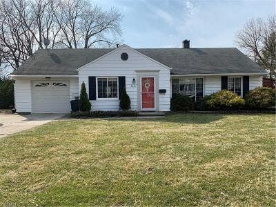 Rocky River Single Family Home Contingent: 2864 Northview Rd