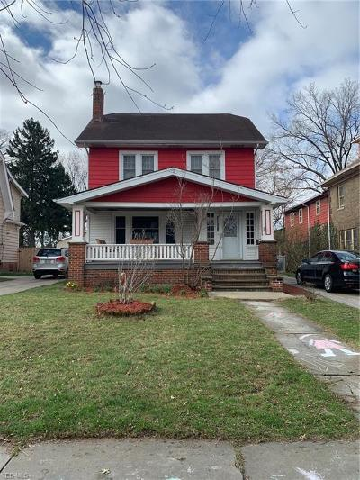 Single Family Home Contingent: 16203 West Park Rd