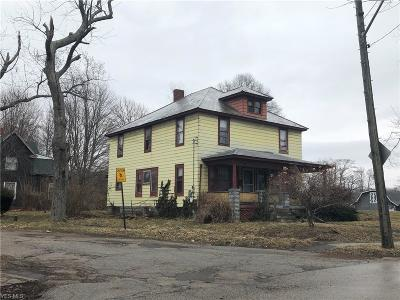 Conneaut Multi Family Home For Sale: 604 Harbor St