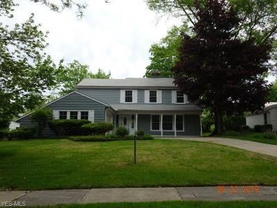 Shaker Heights Single Family Home For Sale: 2673 Rochester Rd