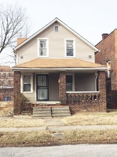 Cleveland Single Family Home For Sale: 15411 Kipling Avenue