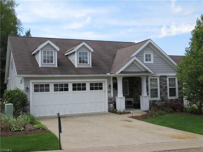 Massillon Condo/Townhouse For Sale: 8374 Forest Ridge Street