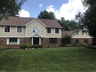 Highland Heights Single Family Home For Sale: 5979 Whiteford Dr