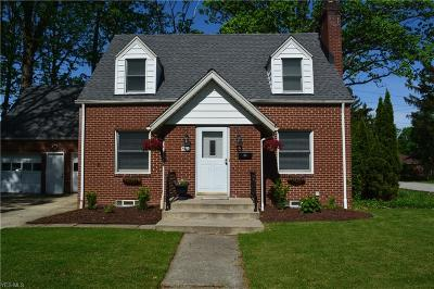 Middleburg Heights Single Family Home For Sale: 7266 Grant Boulevard