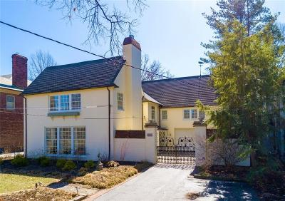 Lakewood Single Family Home For Sale: 13851 Lake Ave