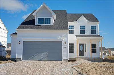 Single Family Home For Sale: 37342 Golden Eagle Dr