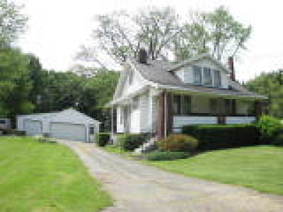 Vienna Single Family Home For Sale: 1308 Youngstown Kingsville