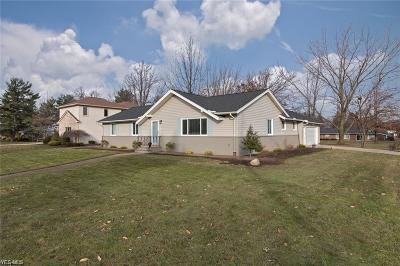 Beachwood Single Family Home For Sale: 24815 Greenwich Ln