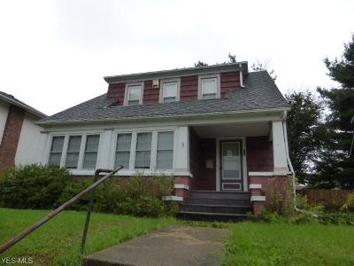 Guernsey County Single Family Home For Sale: 906 Clark St