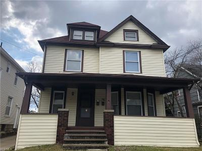 Wadsworth Multi Family Home For Sale: 167 College St