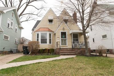 Lakewood Single Family Home For Sale: 1294 Giel Ave