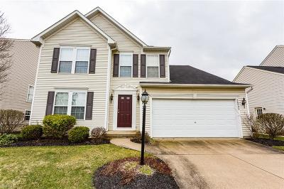 Olmsted Township Single Family Home For Sale: 26993 Ashton Dr