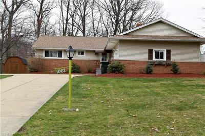 Highland Heights Single Family Home For Sale: 1061 Barkston Dr