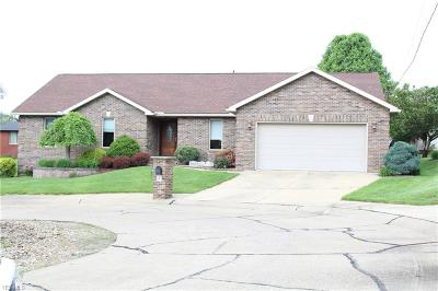 Belpre Single Family Home For Sale: 5 Shell Circle