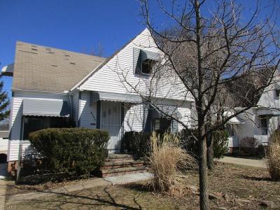 Parma Single Family Home For Sale: 8304 Kenton Ave
