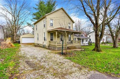 Canfield Single Family Home Active Under Contract: 267 Oak Street