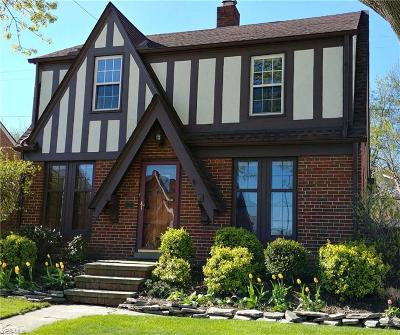 Cleveland Single Family Home For Sale: 16601 Valleyview Ave