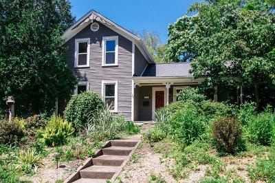 Chagrin Falls Single Family Home For Sale: 319 Bell St