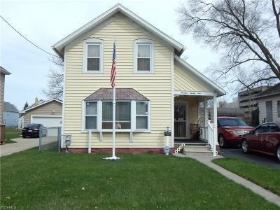 Lorain Single Family Home For Sale: 1929 Lexington Ave
