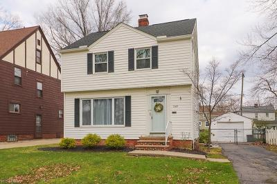 Lyndhurst Single Family Home For Sale: 1369 Ford Rd