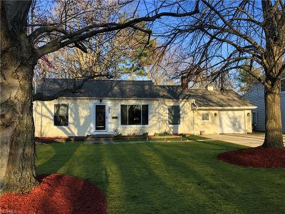 North Olmsted Single Family Home For Sale: 5967 Fitch Rd